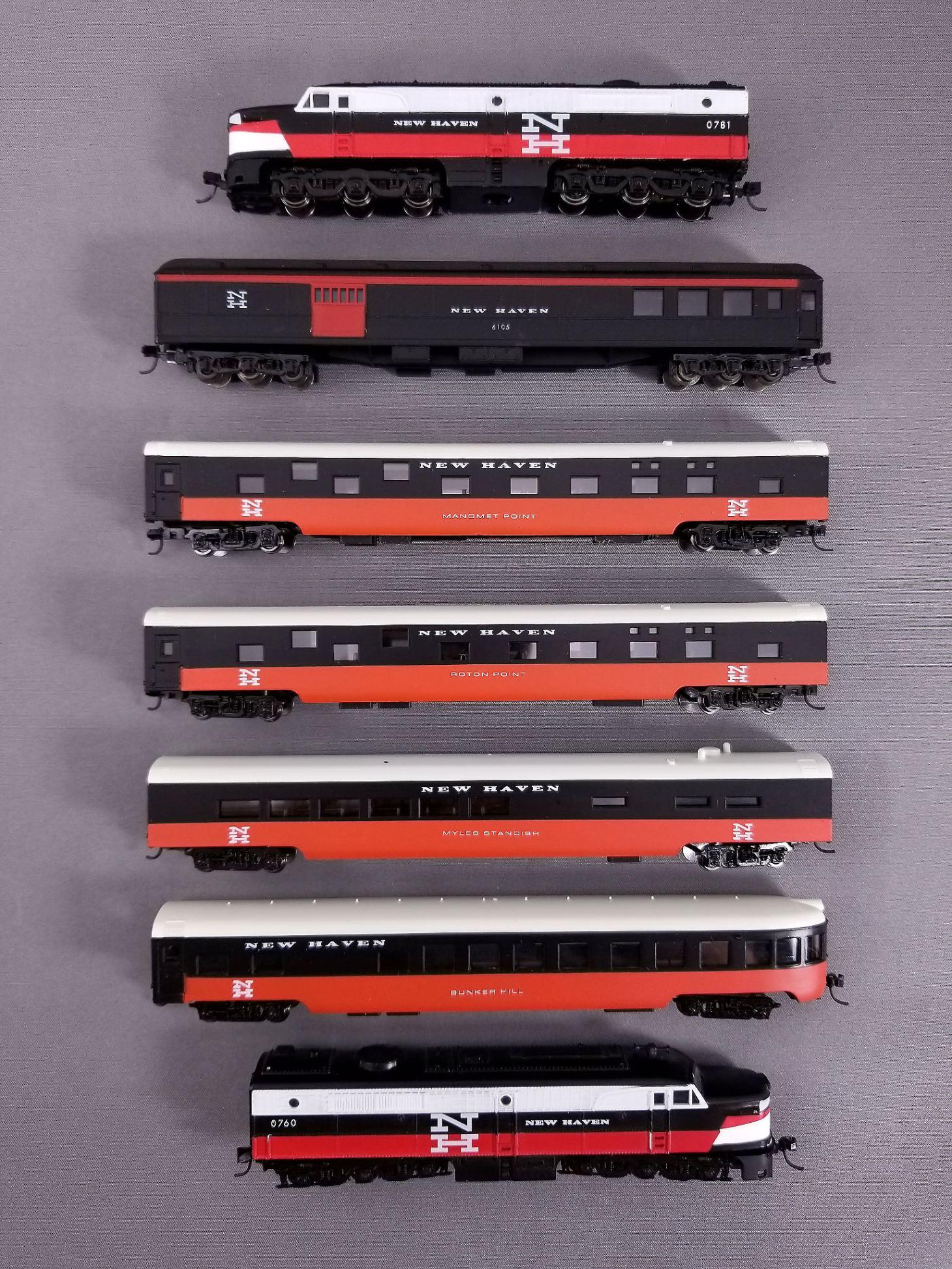 Con-Cor's Faux New Haven Passenger Set.jpg