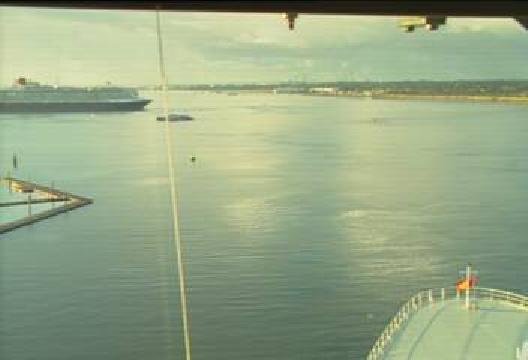 QM2-QV-Southampton-04.jpg