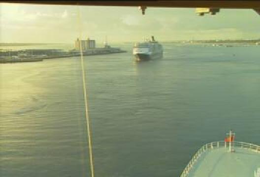 QM2-QV-Southampton-02.jpg