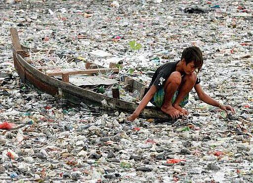 Plastic-sea-1-512.jpg