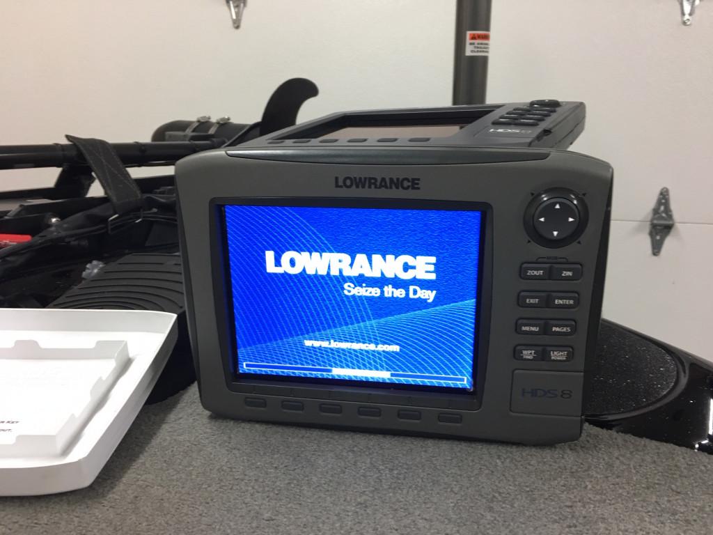 Lowrance HDS8 - 2.JPG
