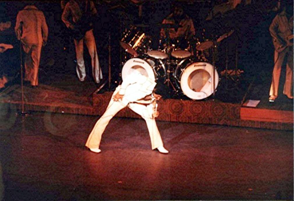 1974 aug-LasVegasHdog.jpg