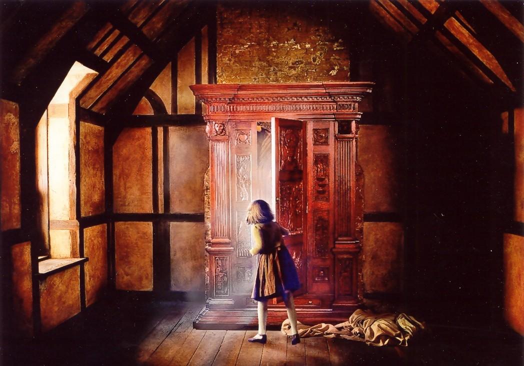 NarniaWardrobe.jpg