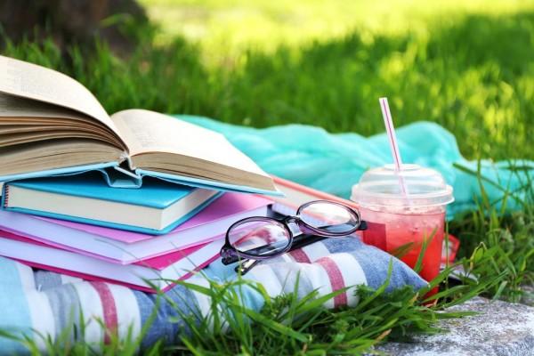 summer-reading-africa-studios-shuttersthock-e1436293933664.jpg
