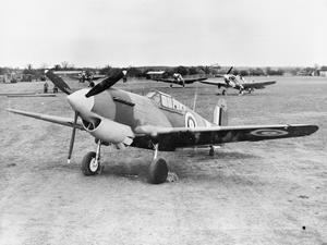P-40B 403 Squadron =NOT 403 but wing standard.jpg
