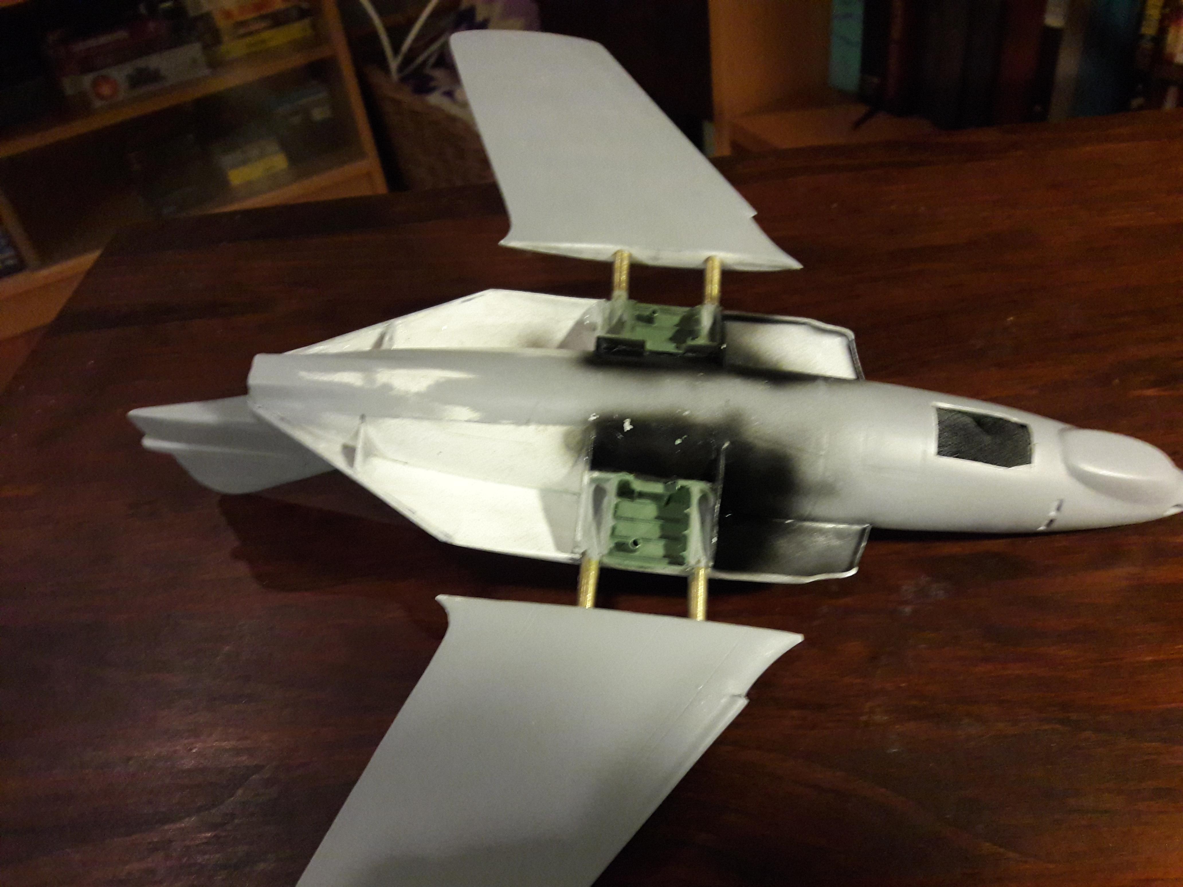 F9F-8 003.jpg