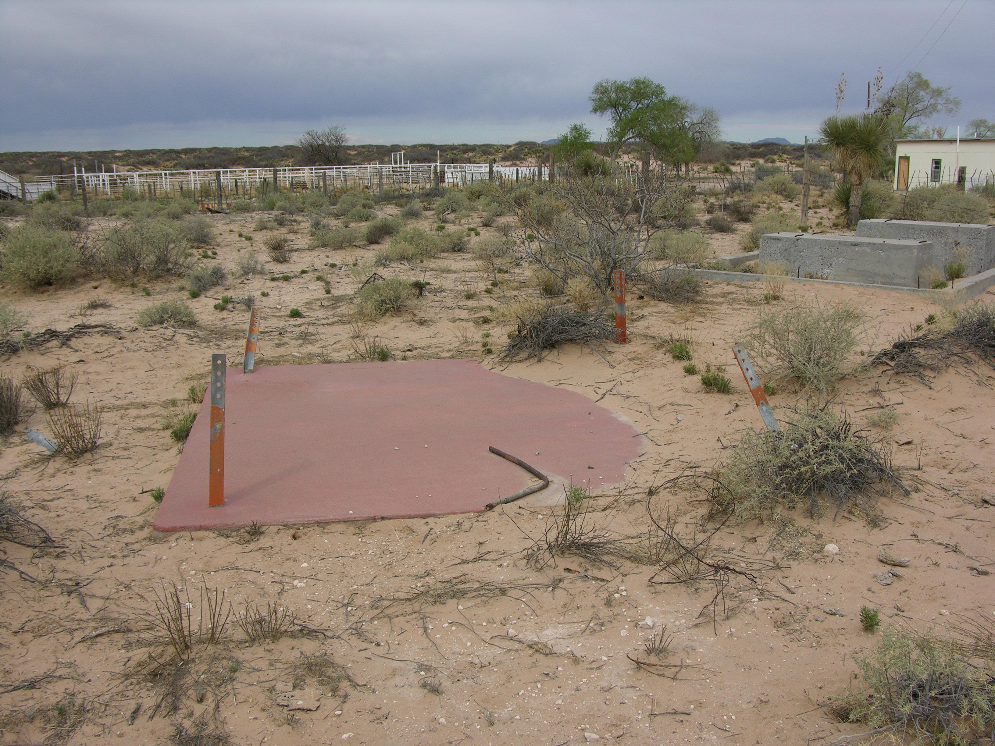 Airway Beacon site (near Noria {April 2006}) 2.JPG