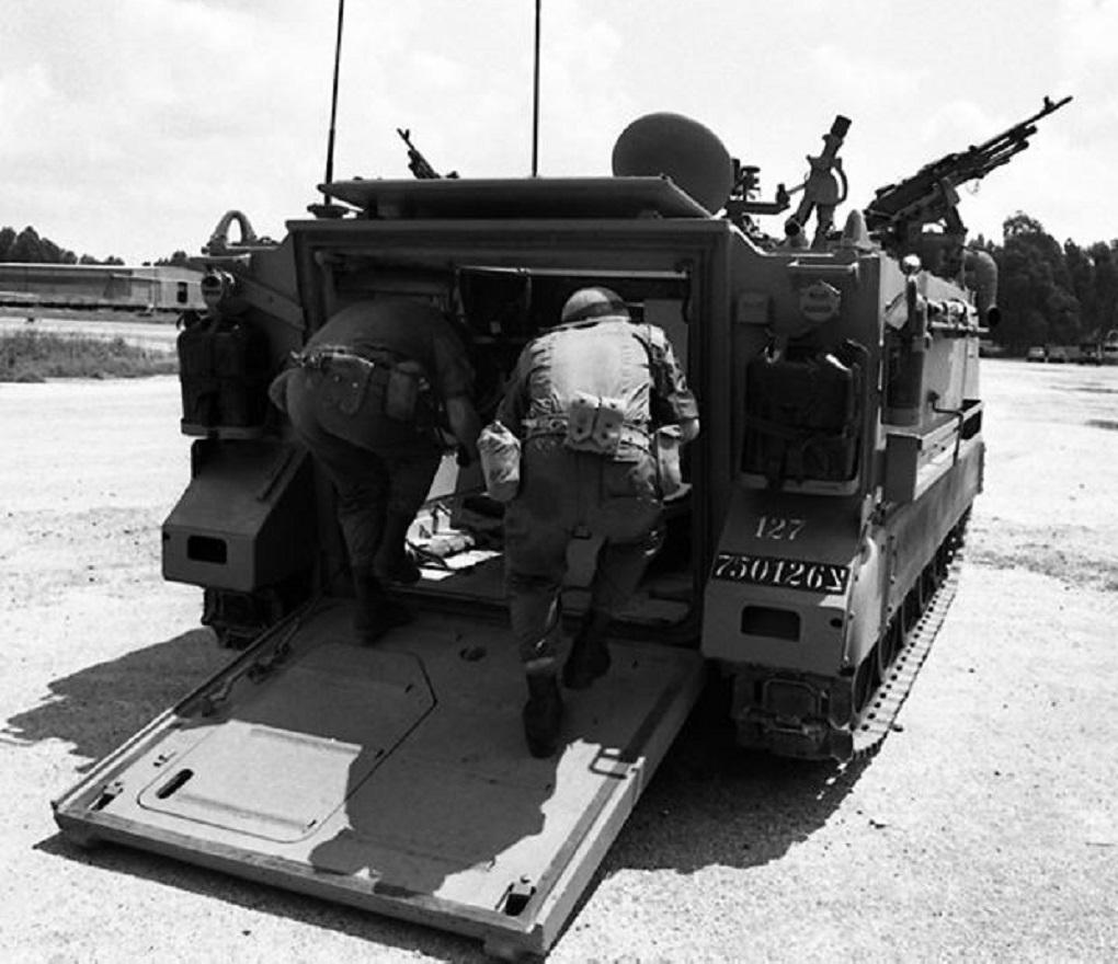 M113J_036.jpg