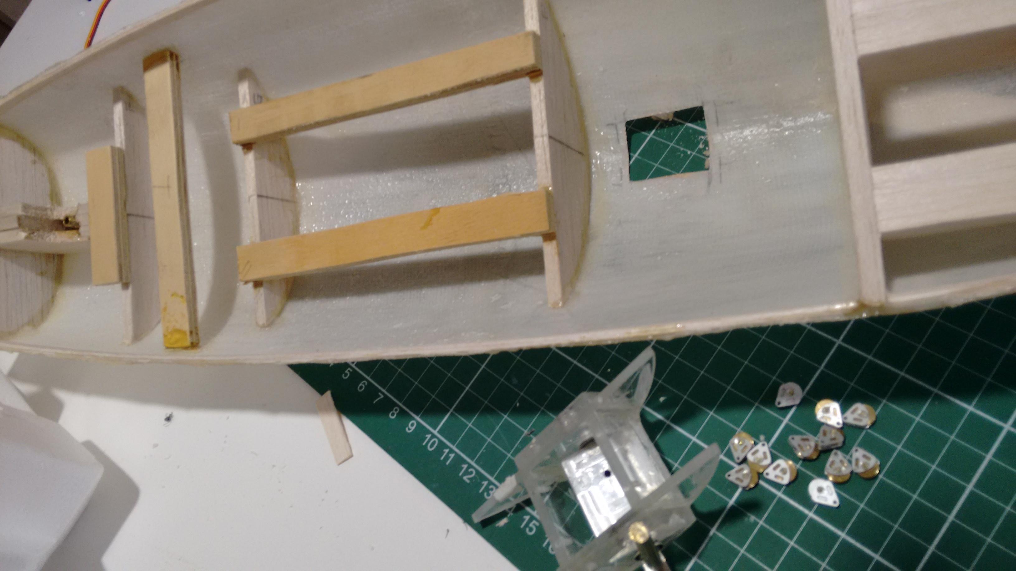 keel box hull hole pulleys.jpg