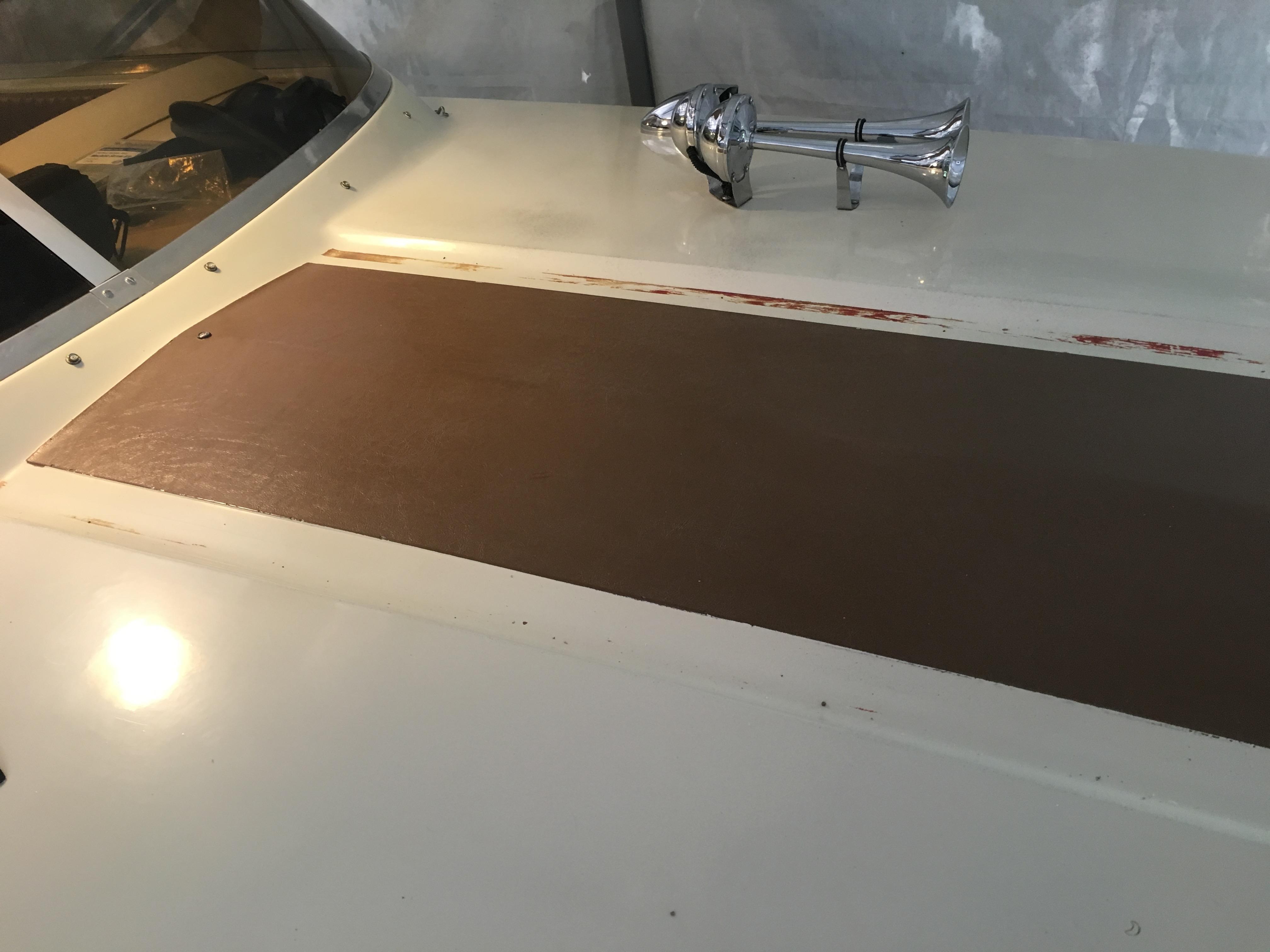 foredeck stripes pre paint.jpg