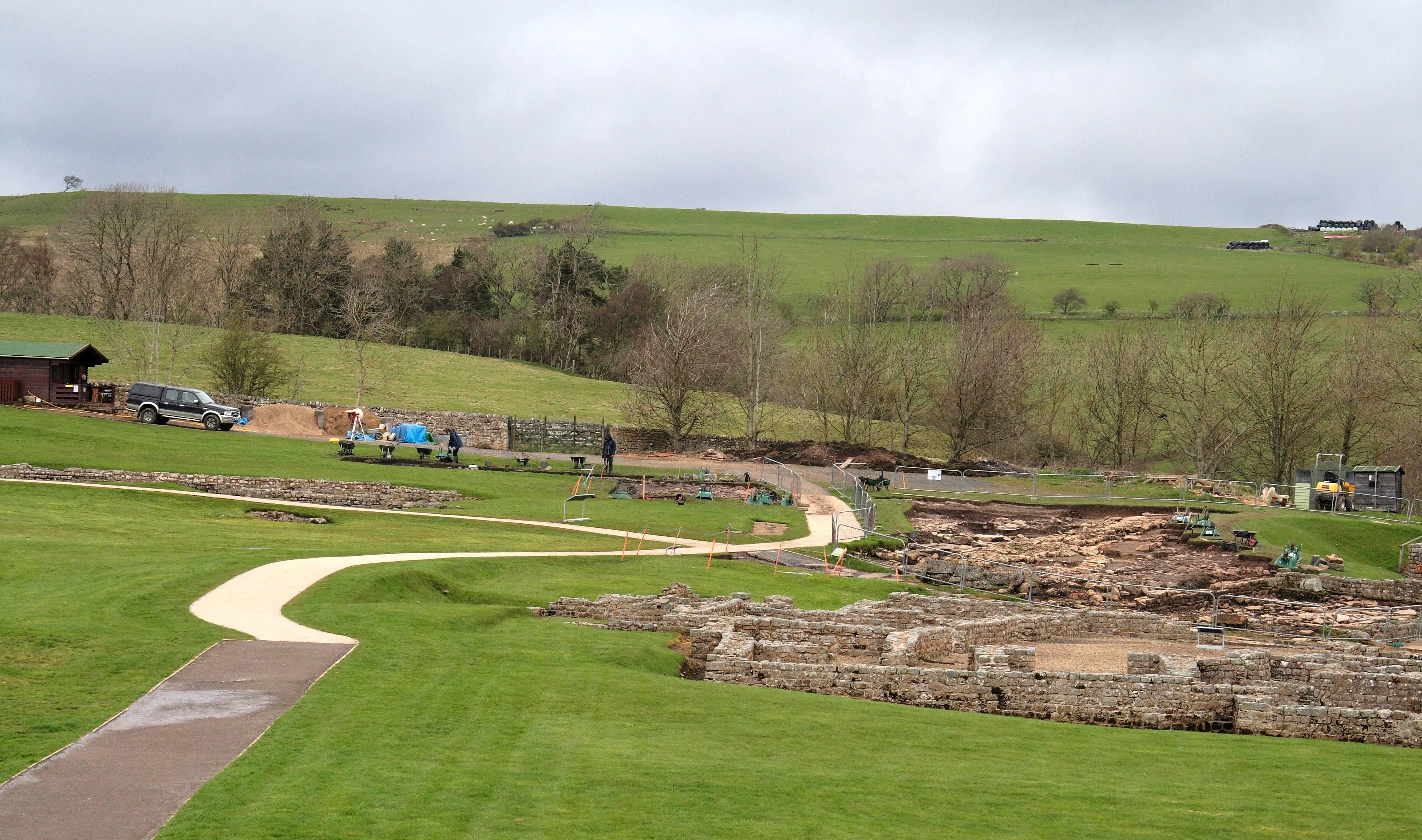 Vindolanda_April_2012.jpg_10.jpg