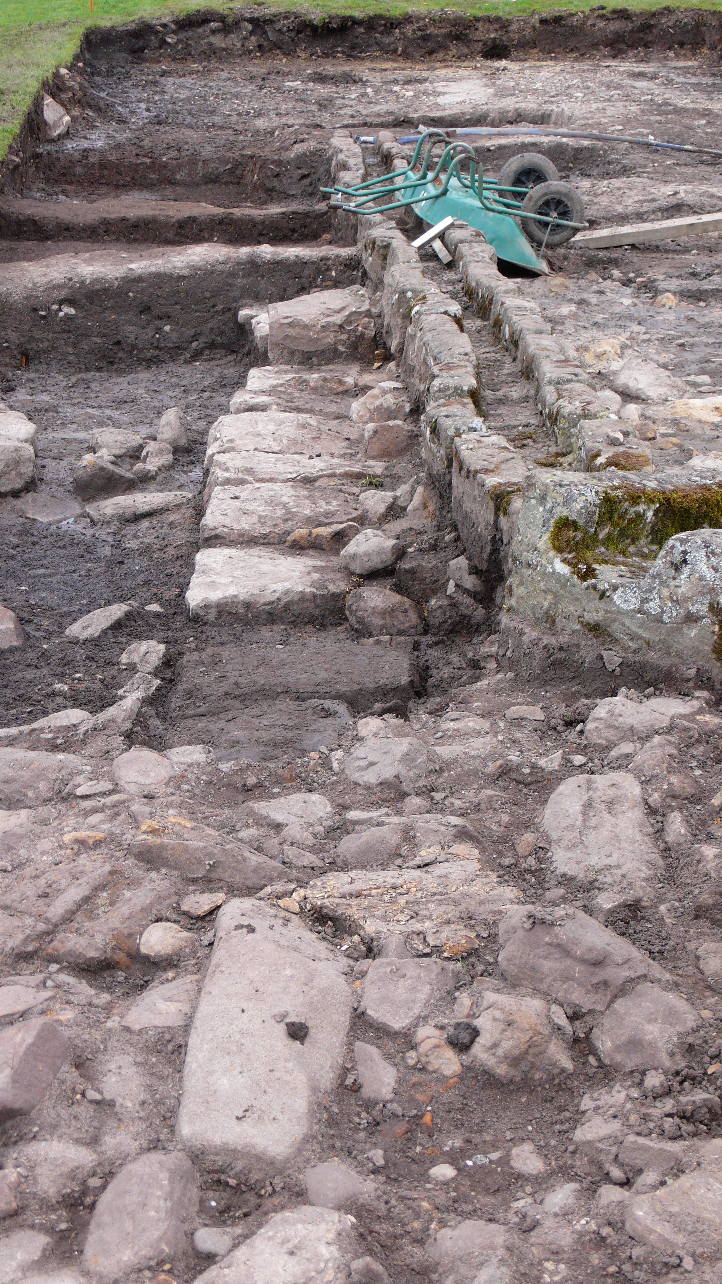Vindolanda_dig_2012_019.jpg