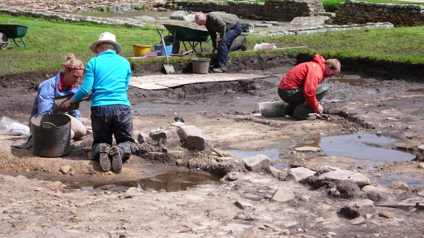 Vindolanda_dig_June_081.jpg