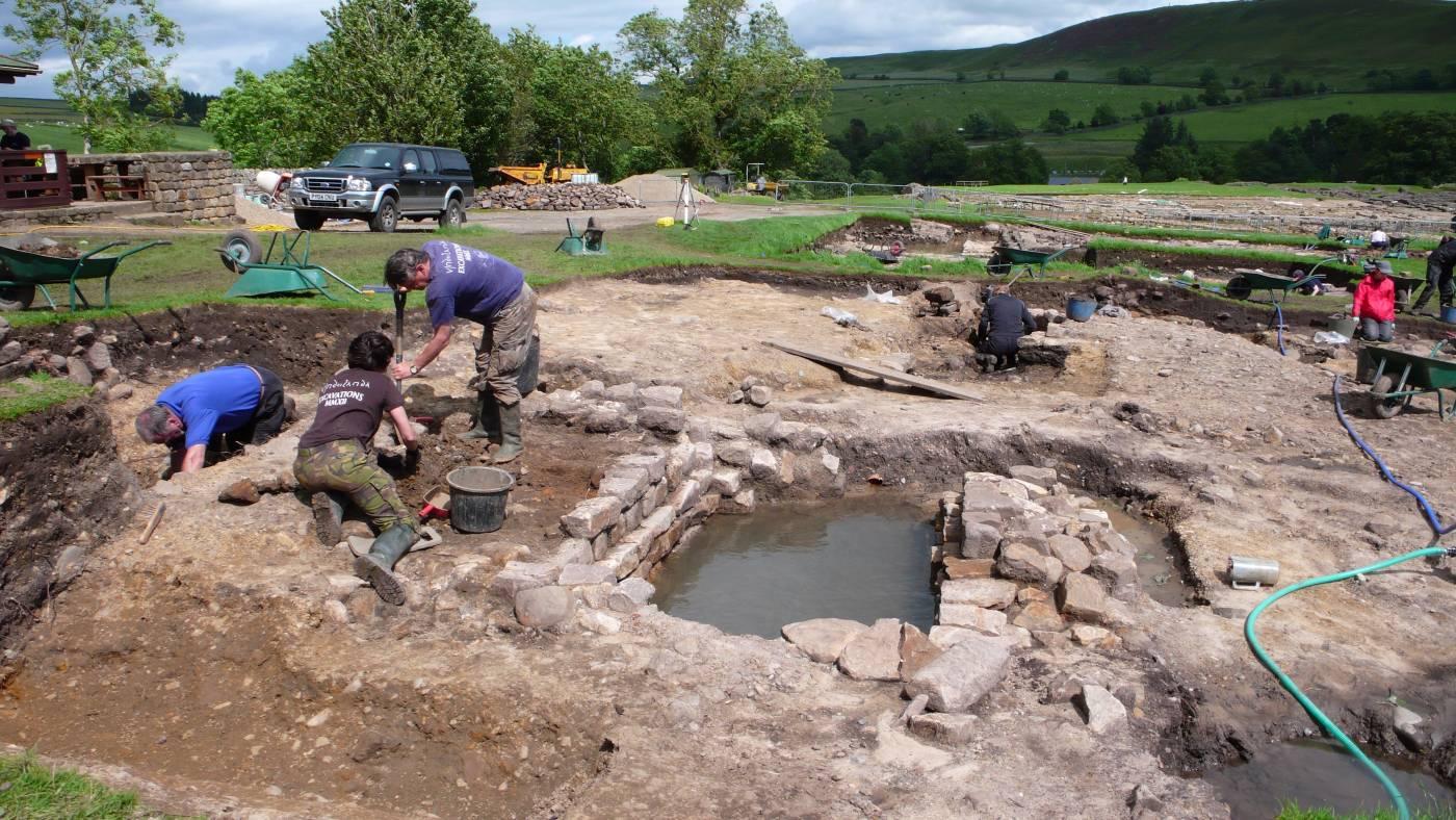 Vindolanda_dig_June_079.jpg